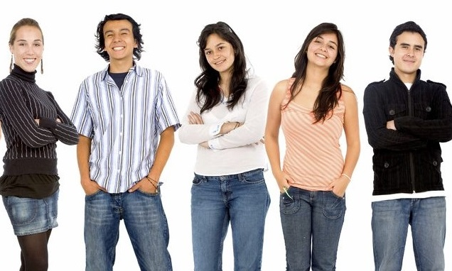 ¿Es justo que los jóvenes ganen menos solo por tener poca edad y experiencia?