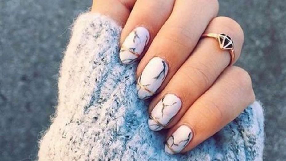 Malos habitos que debilitan las uñas