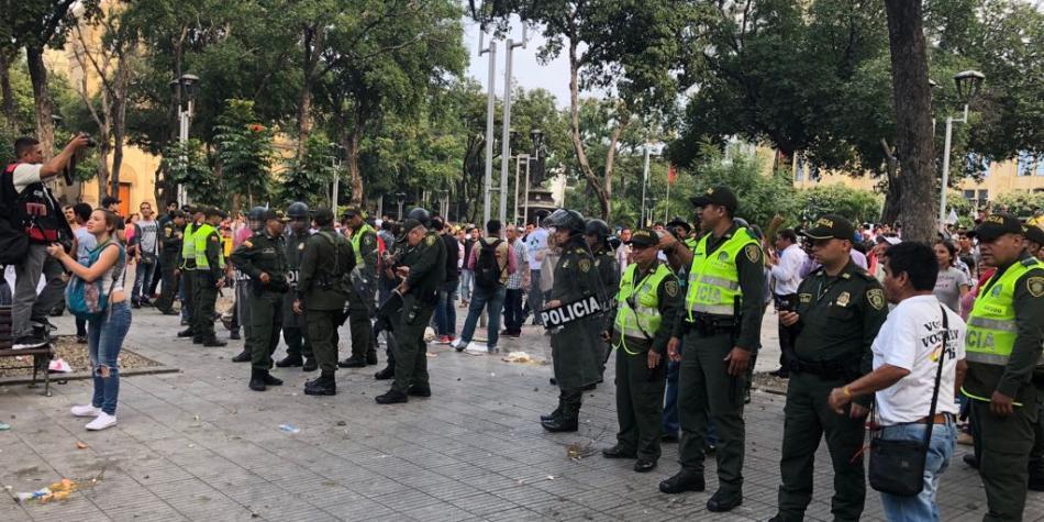 Tarde de desorden y vandalismo en Bogotá
