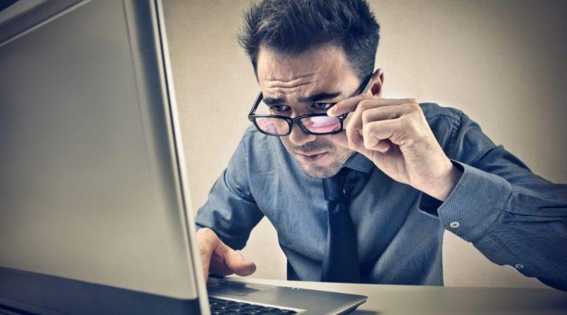 Aprende a cómo proteger tus ojos si pasas todo el día en el computador