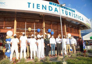 La verdadera resocialización; tienda turística en una cárcel